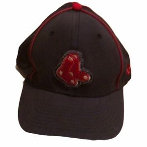 4/$25 Boston Red Sox boy's baseball hat.